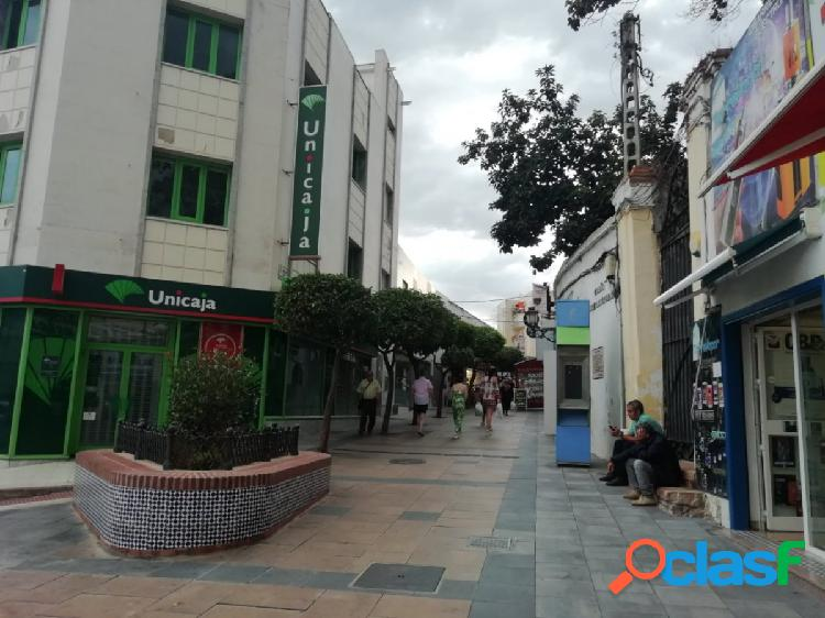 Local comercial pleno centro torremolinos