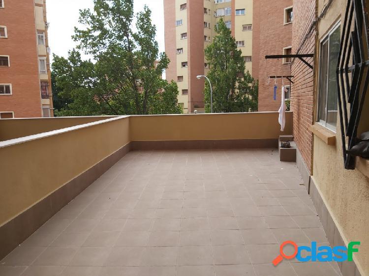 Estupendo piso de 4 habitaciones con terraza muy grande al lado del soto de lezkairu