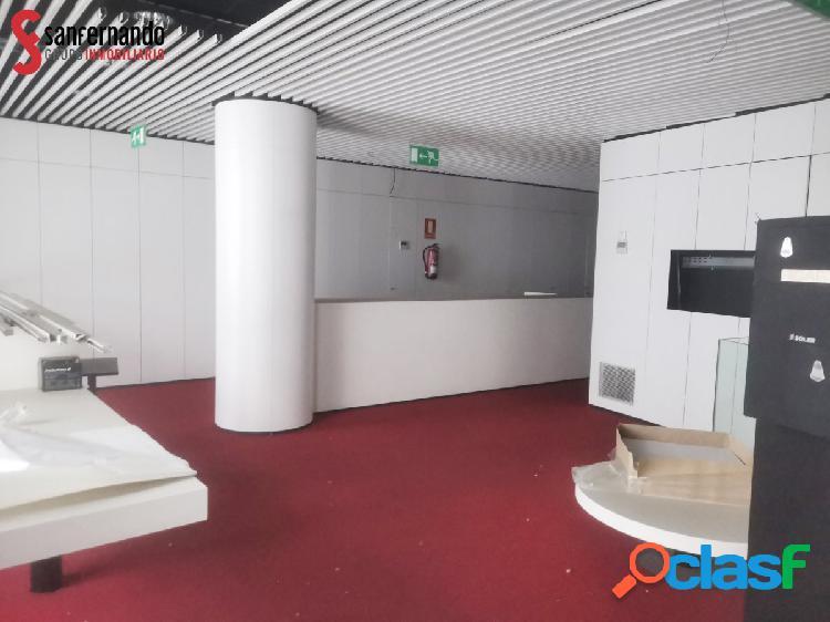 Se vende local en Calle Velardes 1 - VALLADOLID 250 m2 - 302.120€