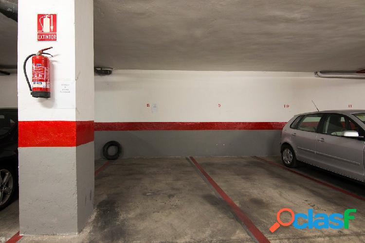 Plaza de garaje en camino de ronda, junto gimnasio yo10
