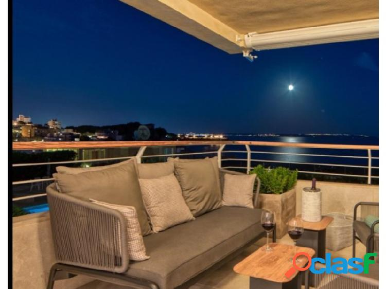 Apartamento de las mejores calidades con acceso directo al mar en san agustí