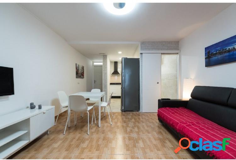 Apartamento reformado céntrico en playa del inglés 2 dormitorios acepta mascota pequeña