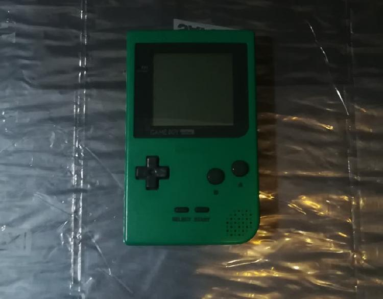 Vendo game boy pocket verde