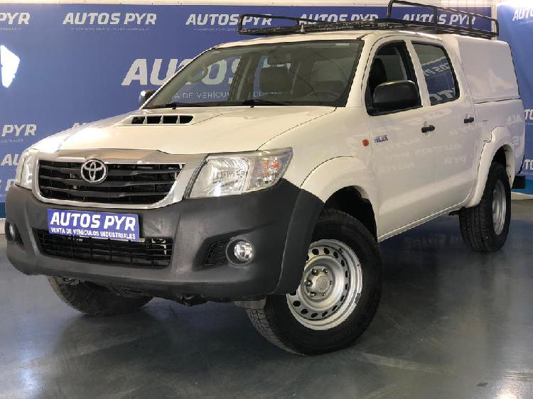 Toyota hilux double cabin gx pic up