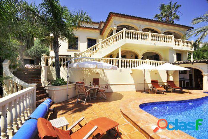 Villa de alta calidad de cinco
