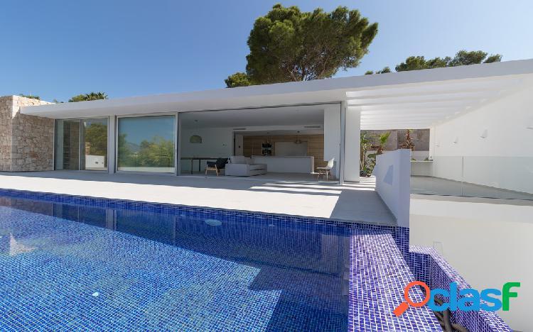 Villa moderna en venta en mora