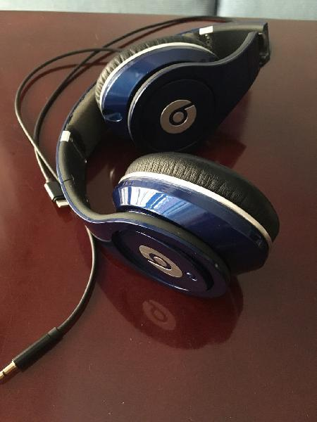 Monster beats by dr. dre spin studio