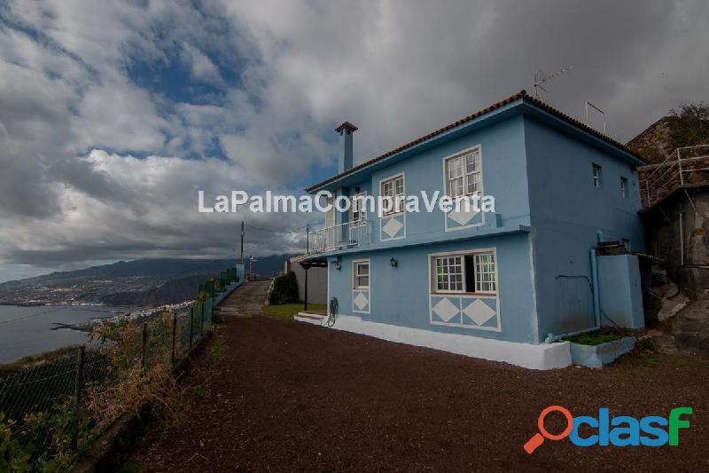 Id 375 espectacular casa de dos plantas de altura y con un pequeño altillo con las mejores vistas