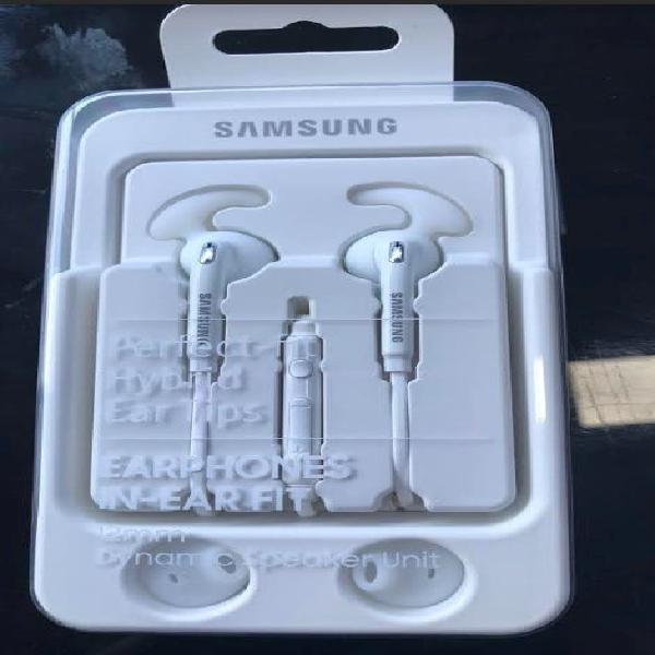 Samsung in ear fit auriculares