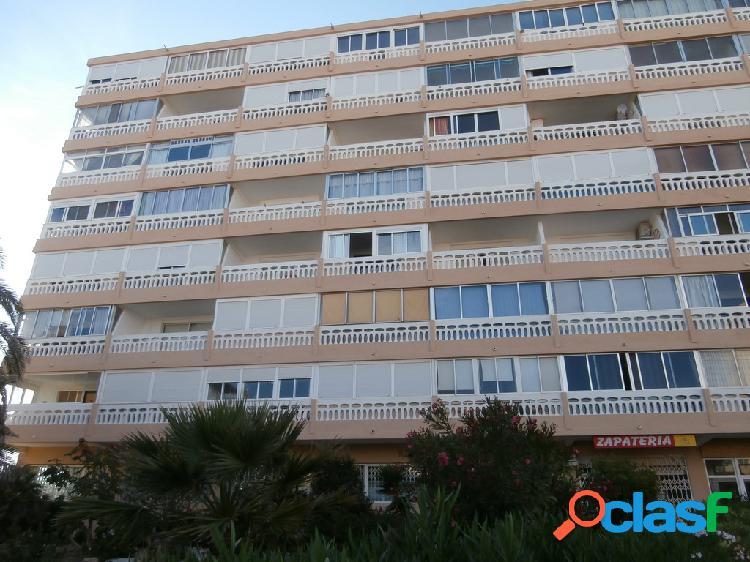 Apartamento moderno con vistas al mar privilegiadas en la mata