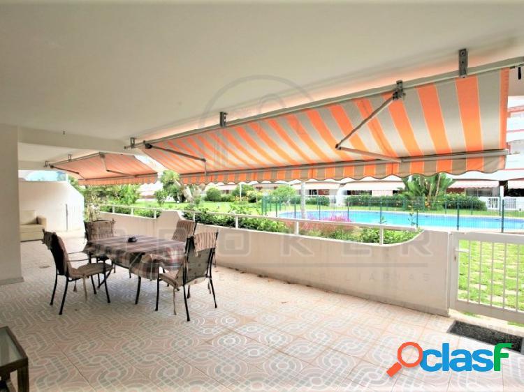 Precioso apartamento de calidad con garaje, trastero y piscina climatizada