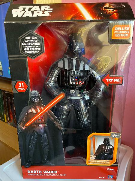 Darth vader figura animatrónica interactiva