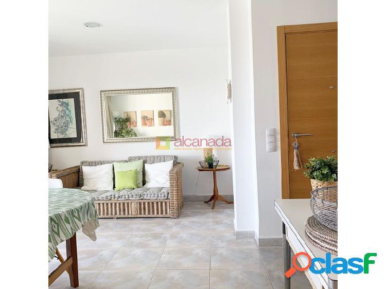 Apartamento en venta en puerto de alcudia, mallorca.