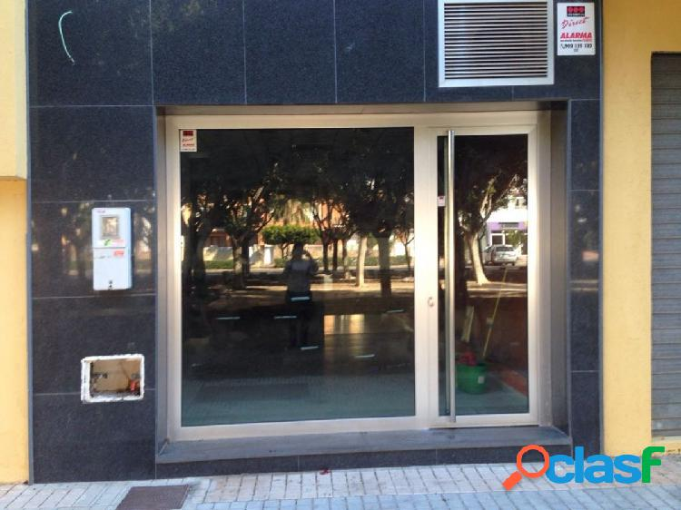 Local comercial alquiler larga temporada