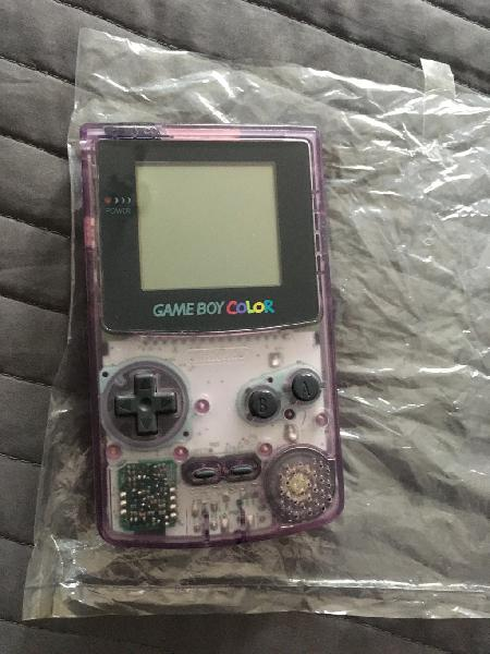 Gameboy color/ game boy color atomic purple nueva