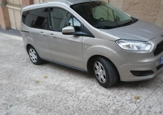 Ford tourneo courier 1.6 tdci 95cv trend
