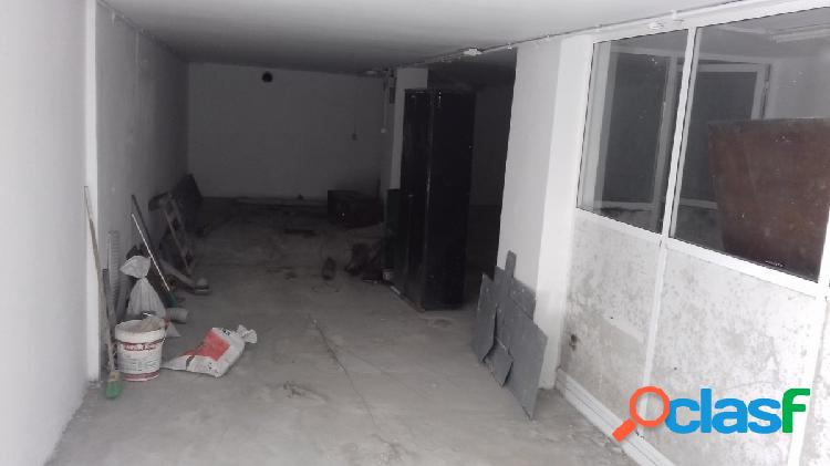 Se vende local comercial en vista alegre