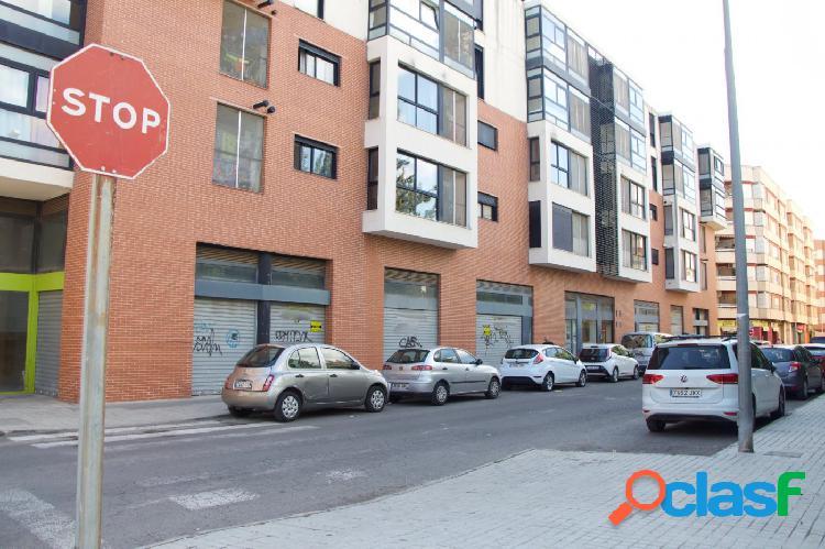 Locales comerciales en venta zona metro seminari