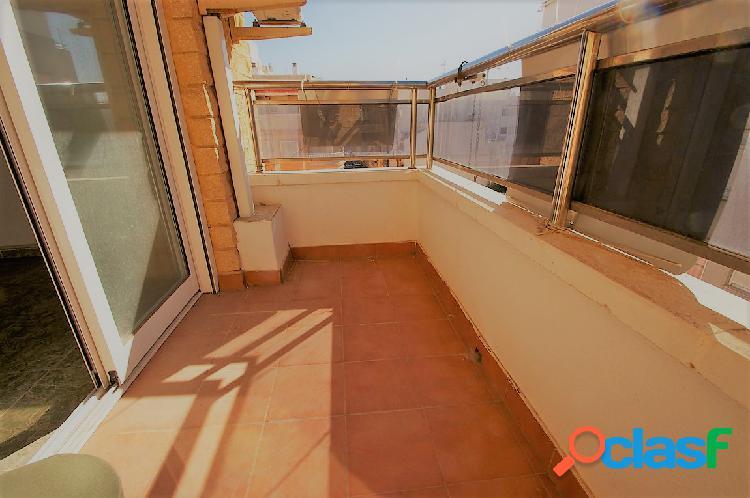 Apartamento cerca del mar, con garaje opcional en torrevieja
