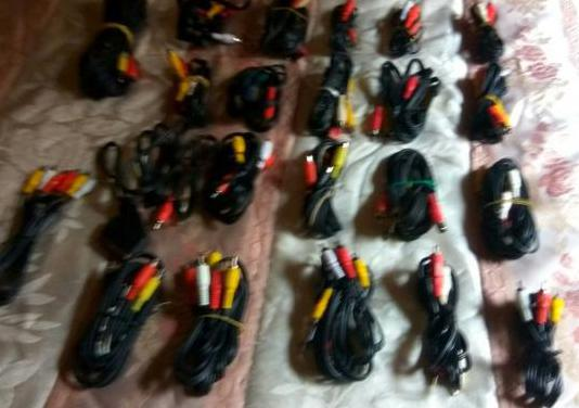 Lote 27 cables audio y video rca