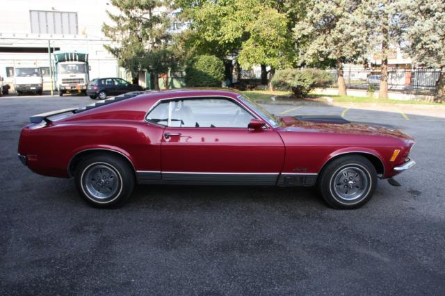 Ford mustang mach 1 fastback 351