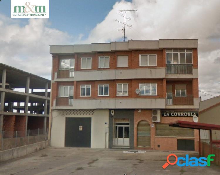 Venta de edificio de 6 viviendas con restaurante montado en planta baja
