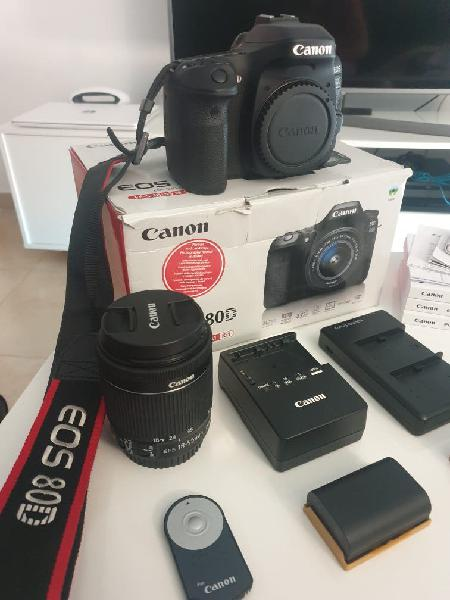 Canon eos 80d+objetivo 18-55 efs is stm