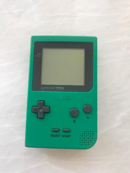 Nintendo game boy pocket verde