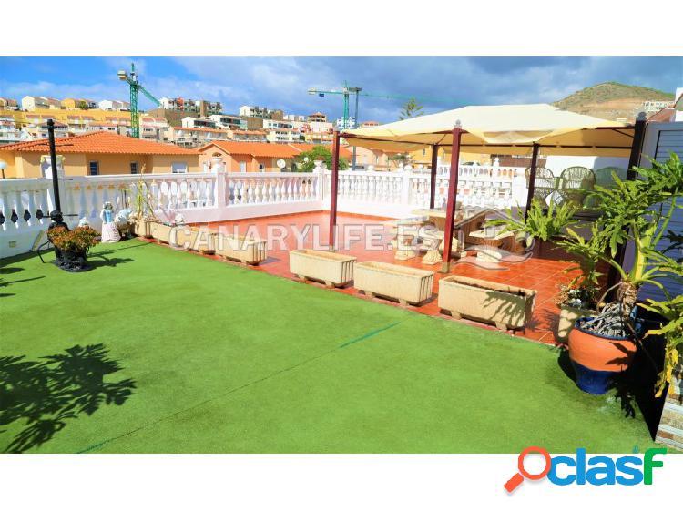 Espectacular casa con jardín y vista al mar en venta en arguineguin, mogàn