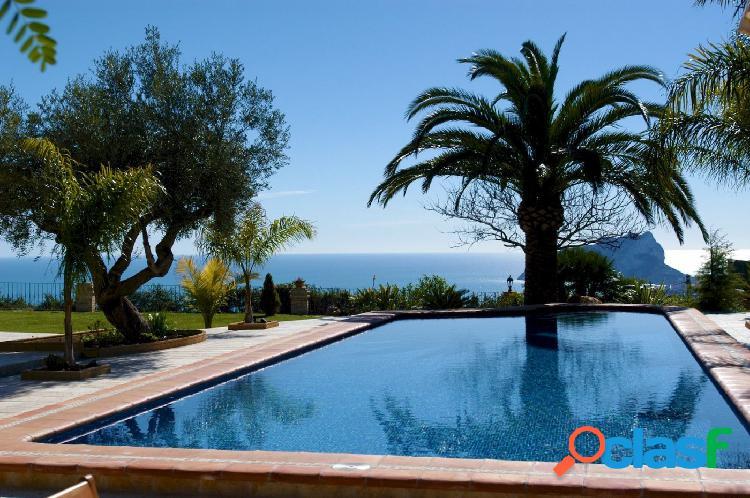 Preciosa villa única de estilo mediterráneo en moraira con vista mar 180º desde moraira hasta calpe