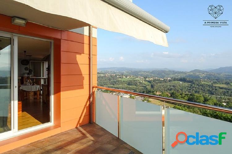 Gran piso 110 m2 con terraza de 50 m2 y vistas en montecerrado, oviedo. garaje y trastero. impecable
