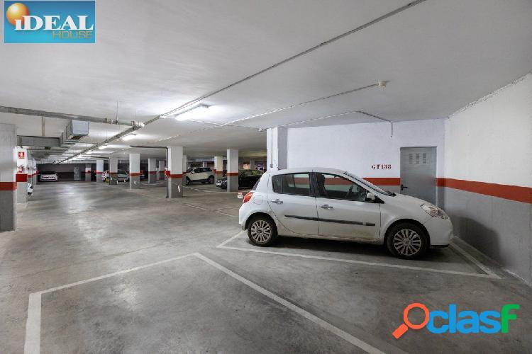 A6248magnifica plaza de garaje con amplio trastero junto avda. madrid y antigua facultad de medicina