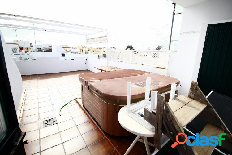 Atico duplex con gran terraza y jacuzzi!!