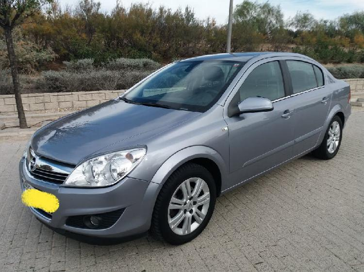 Astra 1.7 cdti impecable 2010