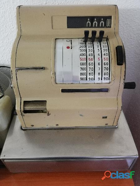 Maquina regirtradora
