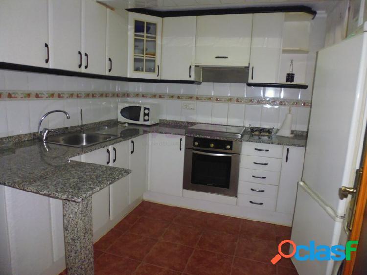 Piso de tres habitaciones a la venta con posibilidad de alquiler con opción a compra