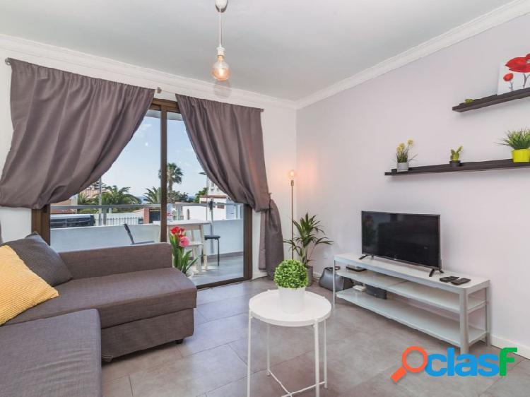 Este apartamento con vistas en San Agustín se encuentra en una de las zonas más demandadas del sur. 3