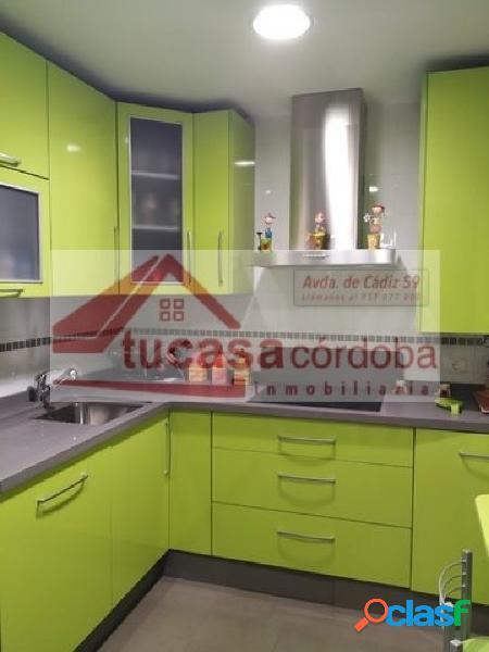 Precioso piso en urbanización cerrada