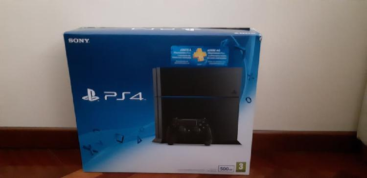 Play station 4 500gb negra + pack de juegos