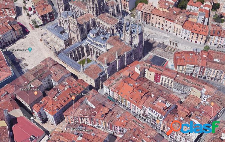 Edificio alado de la catedral
