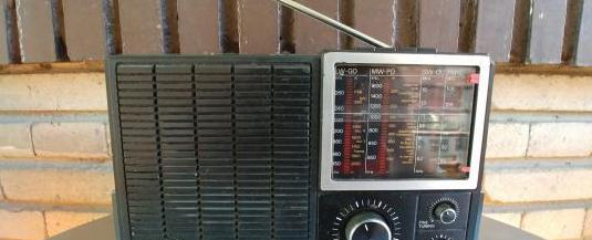 radio philips 680,cuatro bandas con fm-pilas y red