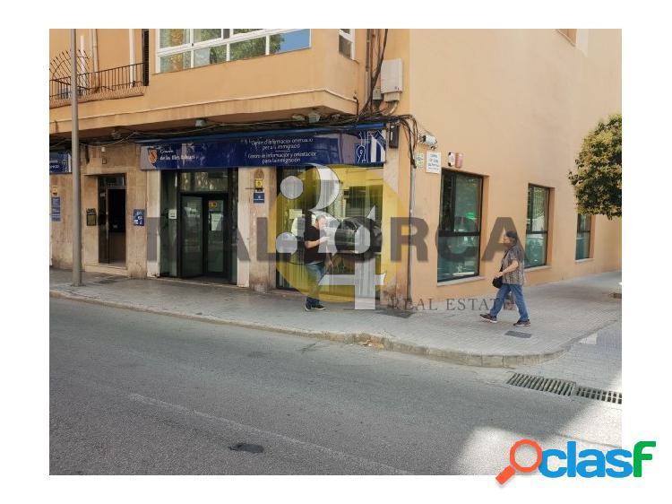 Local comercial con 483 m2 ideal para inversión. rentabilidad 6,8%