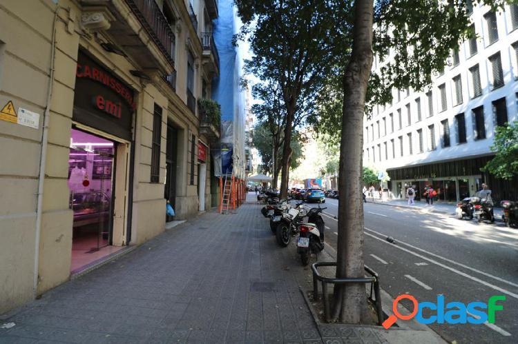 Local comercial en el centro de barcelona!