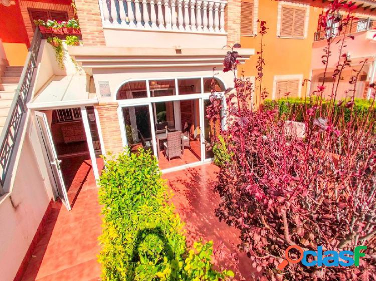 Apartamento en la planta baja en zeniamar, playa flamenca, orihuela costa.