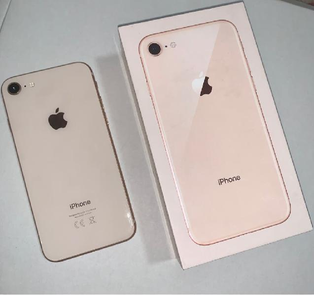 IPhone 8, Gold, 64GB, impecable.