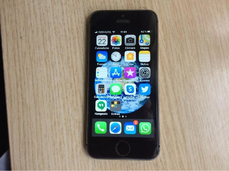 iPhone 5s 32 GB.