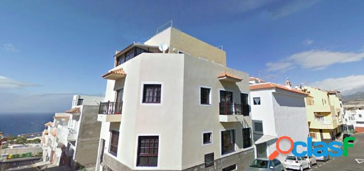 Playa san juan. aguadulce casa 236 m2 en 2 plantas con gar