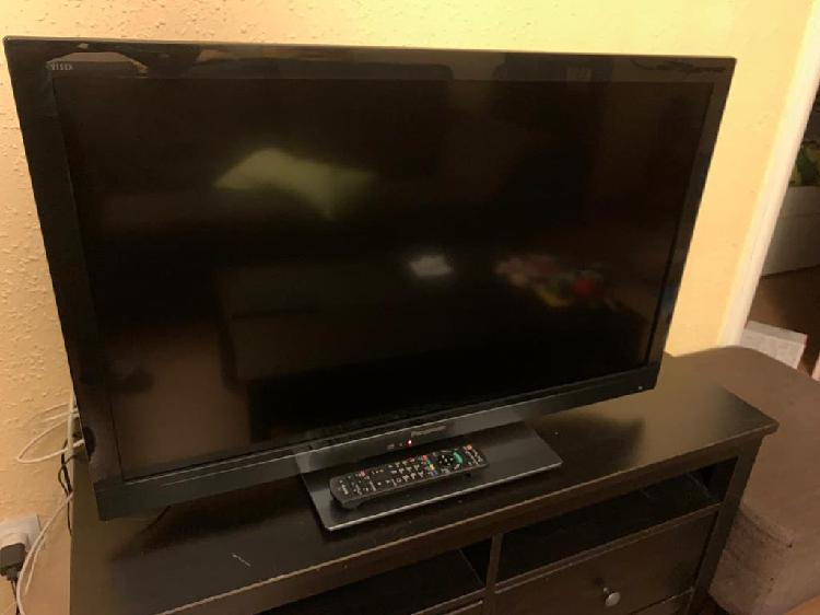 Televisor panasonic full hd - led - 200hz