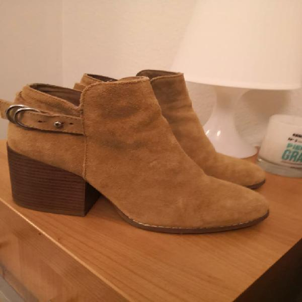 Botines pull and bear piel ante 38