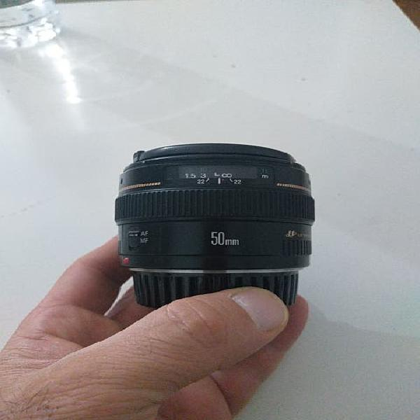 Canon ef 50mm f/1.4 lens